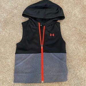 Under Armour vest. New size 4T